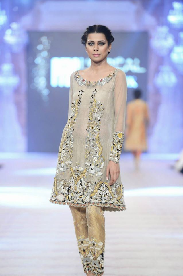 Ammara Khan Latest wedding Collections@  PFDC L'Oréal Paris Bridal Fashion Week 2014-2015 Latest Collections of Popular Pakistani Designers (5)