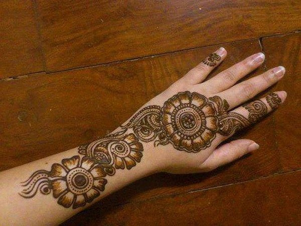 Best & Special Mehndi Designs Collection for Eid & Festivals 2014-2015 (21)