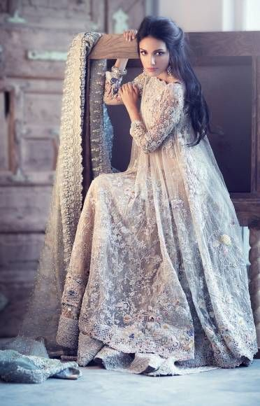 Latest Collection of Indian Lehenga Designs for wedding and Parties 2014- 2015 (28)