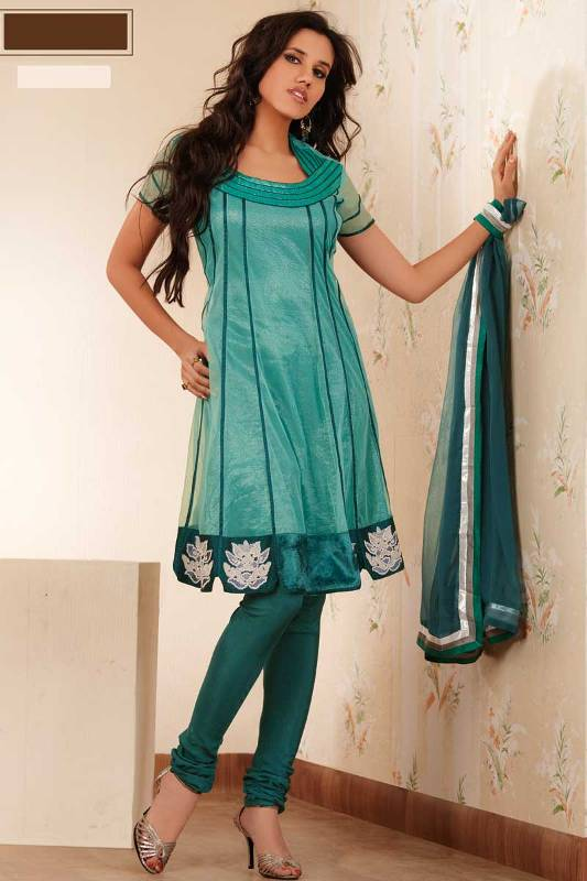 Latest Collection of Indian & Pakistani Best Neck-line (Gala) designs for Girls 2014-2015 (6)