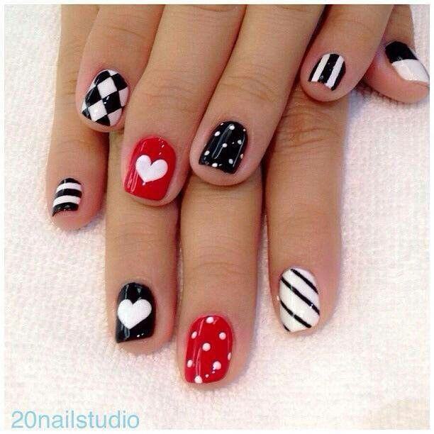French Tip - romantic nail art designsBest & Beautiful Nail Art Designs & Ideas to Spice up your Valentines Day (9)