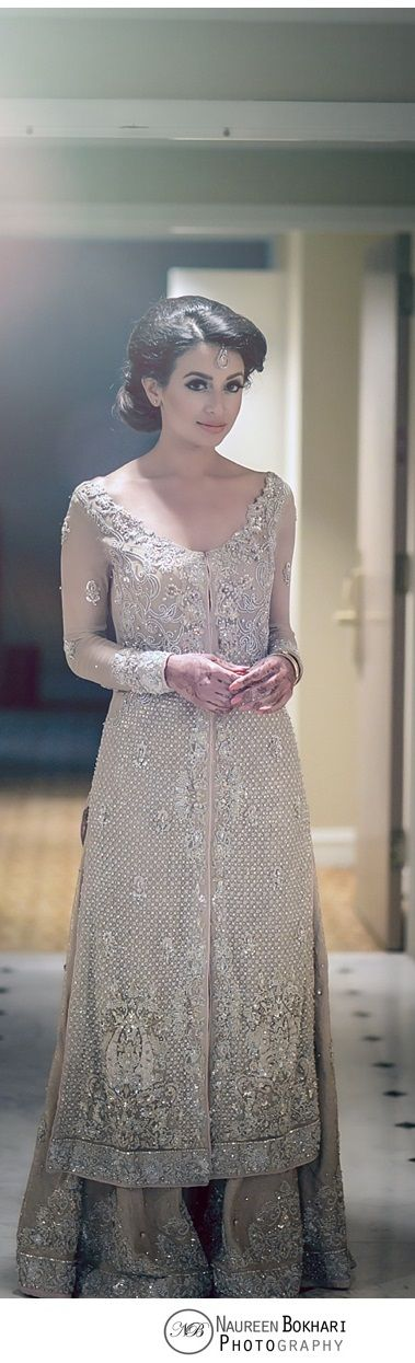 The latest trend of these dresses for the year of 2016-2017 is open ...