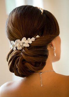 8-low-angular-half-circle-wedding-bun