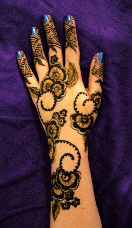 Latest Eid Mehndi Designs for Hands Feet Collection 2015-201 (11)