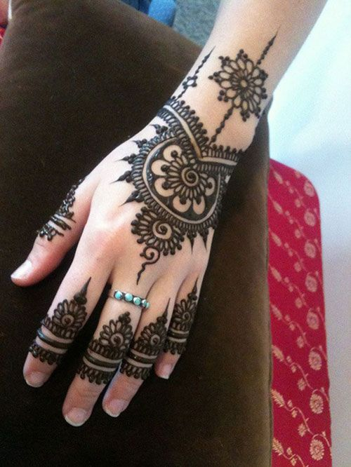 Latest Eid Mehndi Designs for Hands Feet Collection 2015-201 (14)