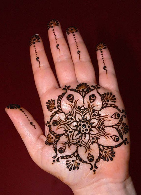 Latest Eid Mehndi Designs for Hands Feet Collection 2015-201 (18)
