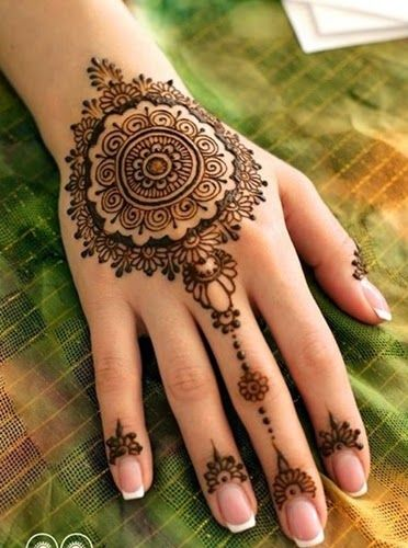 Latest Eid Mehndi Designs for Hands Feet Collection 2015-201 (34)