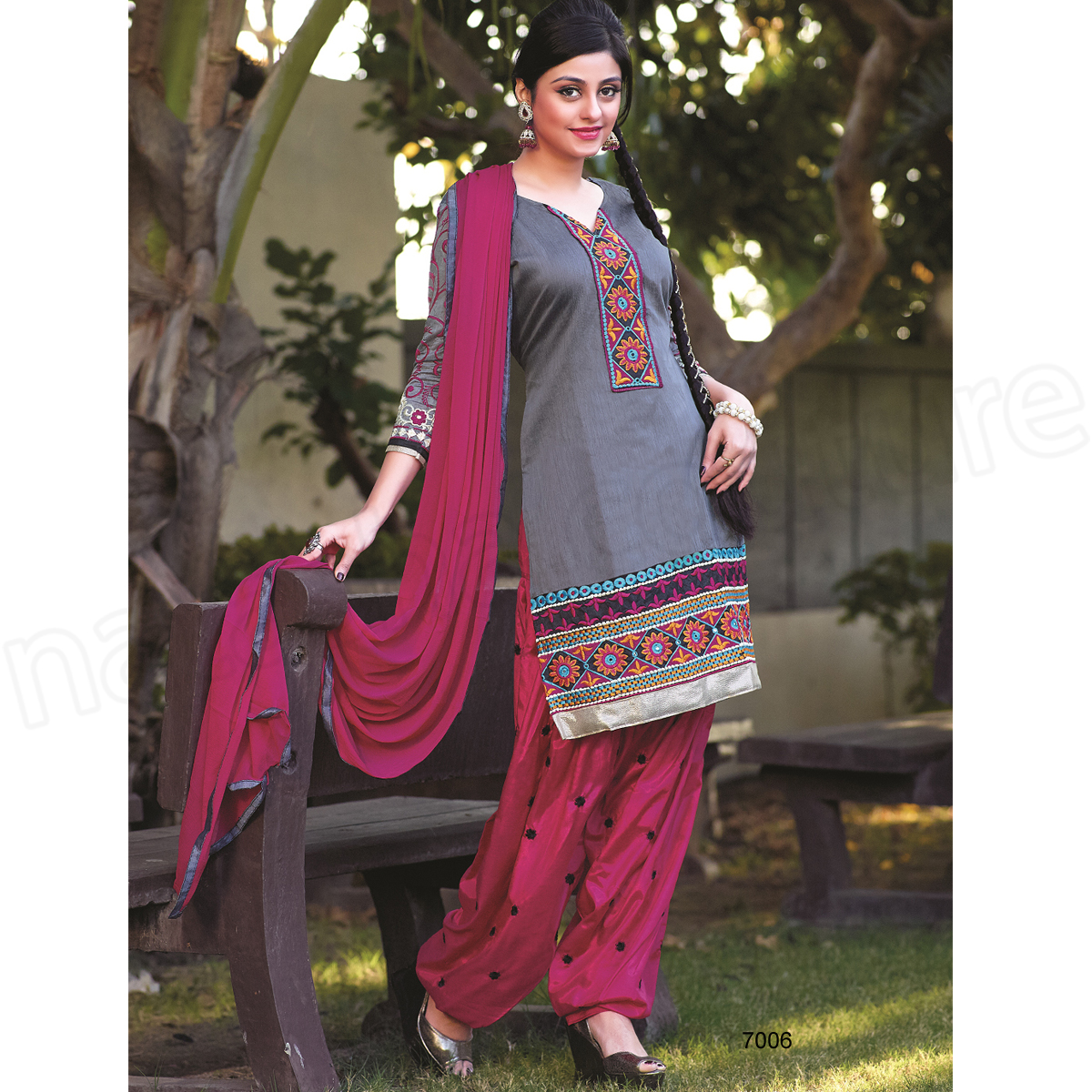 Latest Indian Patiala shalwar kameez fashion 2015-2016 (22)