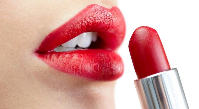 Bold Red Lipstick Tutorial (1)