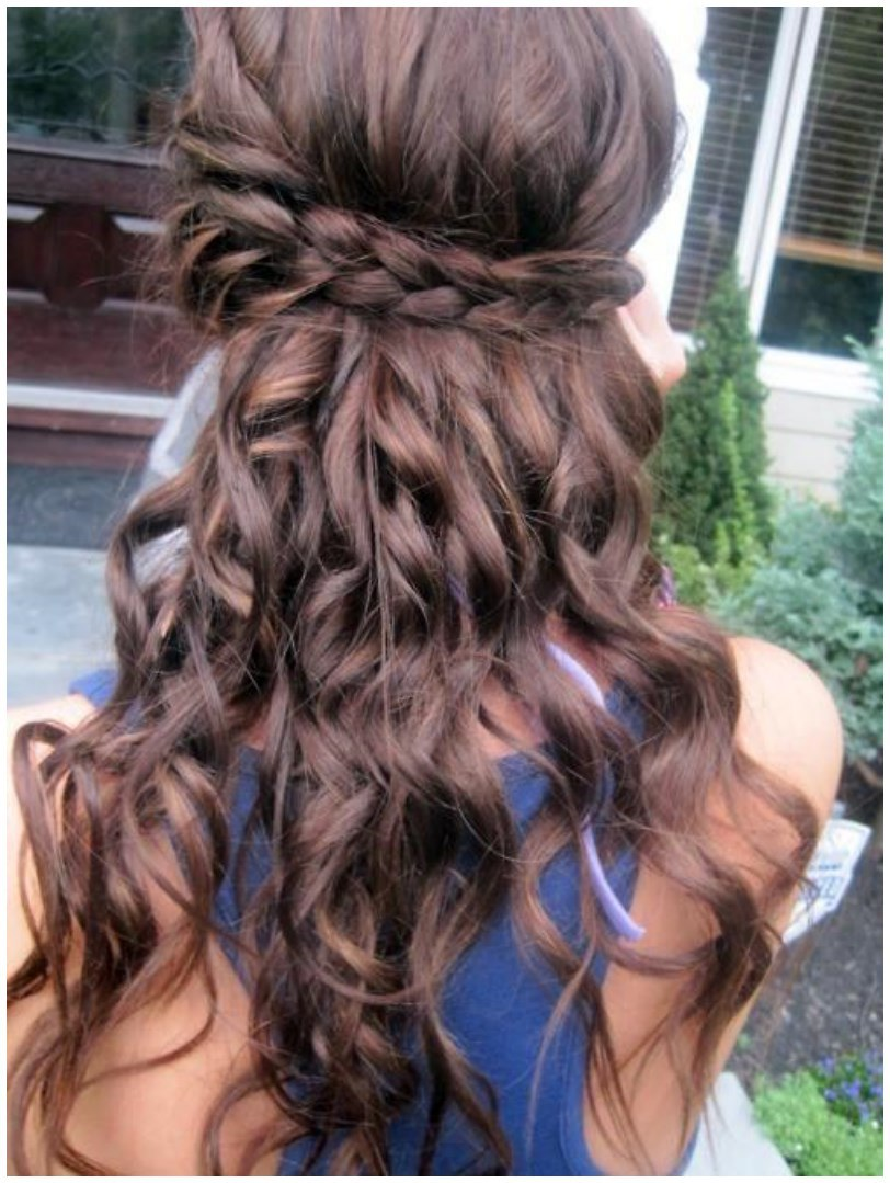 Curly Long Hairs Hairstyles for Winter Fall (3)