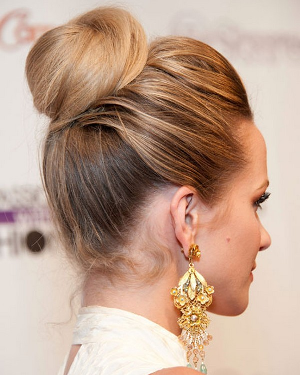 Updo Hairstyles for Winters (1)