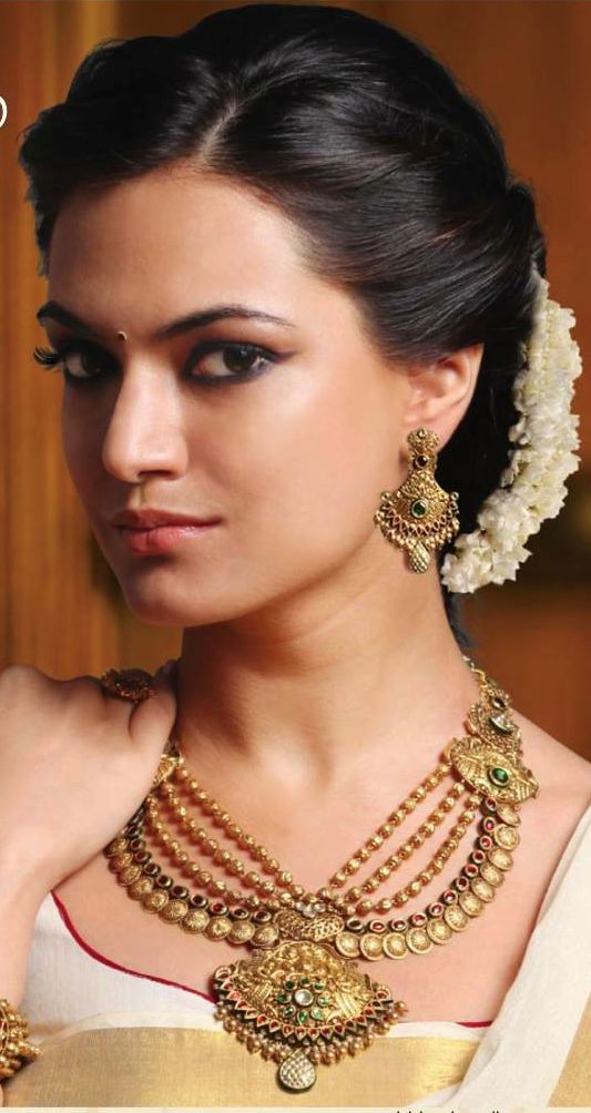 Indian Wedding Hairstyle Trends 2016-2017 for Bridals GalStyles.com