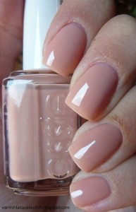 Top 10 Best Nail Colors for Winter Fall Season 2015-2016 (5)