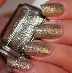 Top 10 Best Nail Colors for Winter Fall Season 2015-2016 (7)