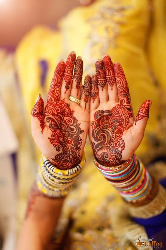 Latest Bridal Mehandi Designs Trends for Weddings (2)