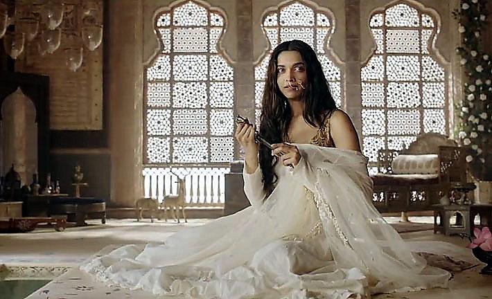 Deepika as Mastani- Anju Modi's Dresses Bajirao Mastani ...