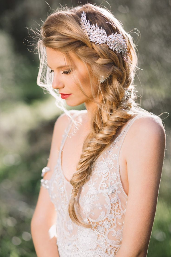 romantic-and-elegant-fishtail-wedding-hairstyles-with-hair-accessories