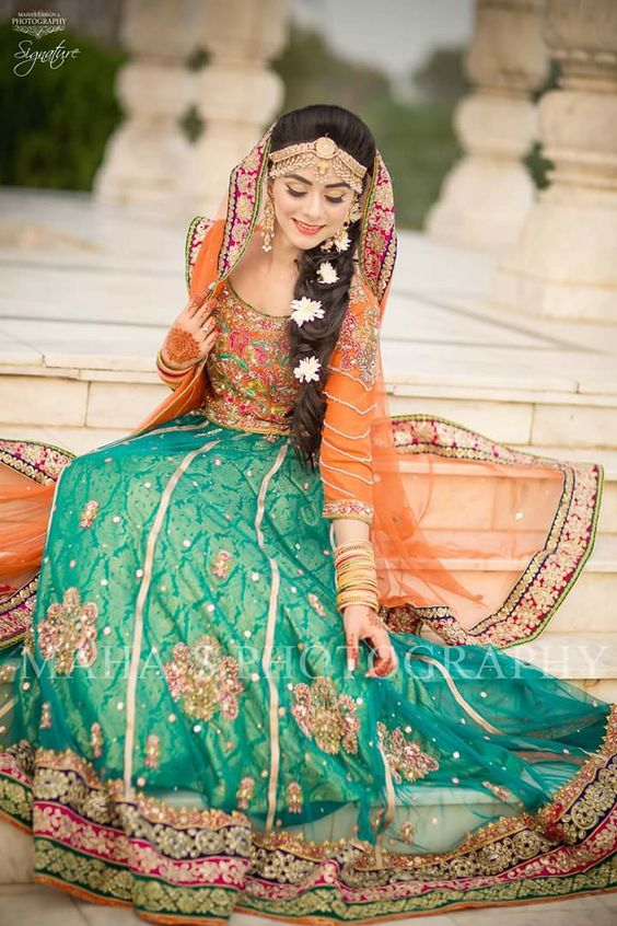 Mehndi Bride Outfit : Best latest bridal mehndi dresses designs collection