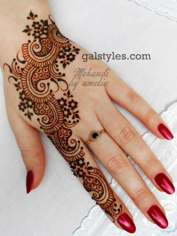 Simple & Best Eid Mehndi Designs for Girls 2016-2017 (22)