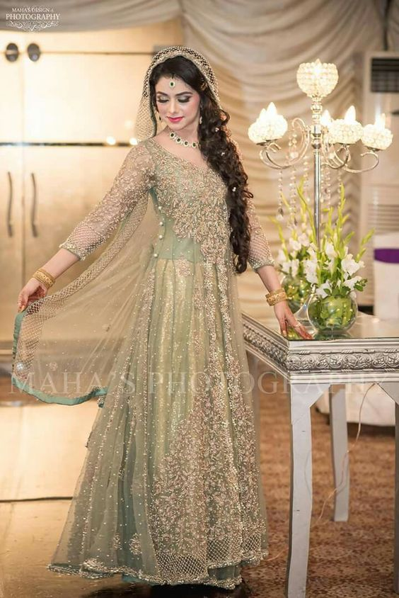 engagement bridal dresses trends (4)