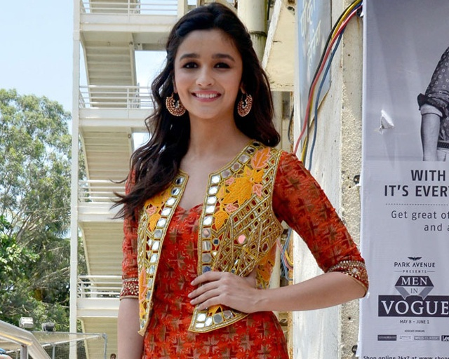 alia-bhatt-tulip-shalwar-suit-with-glasswork-jacket-1