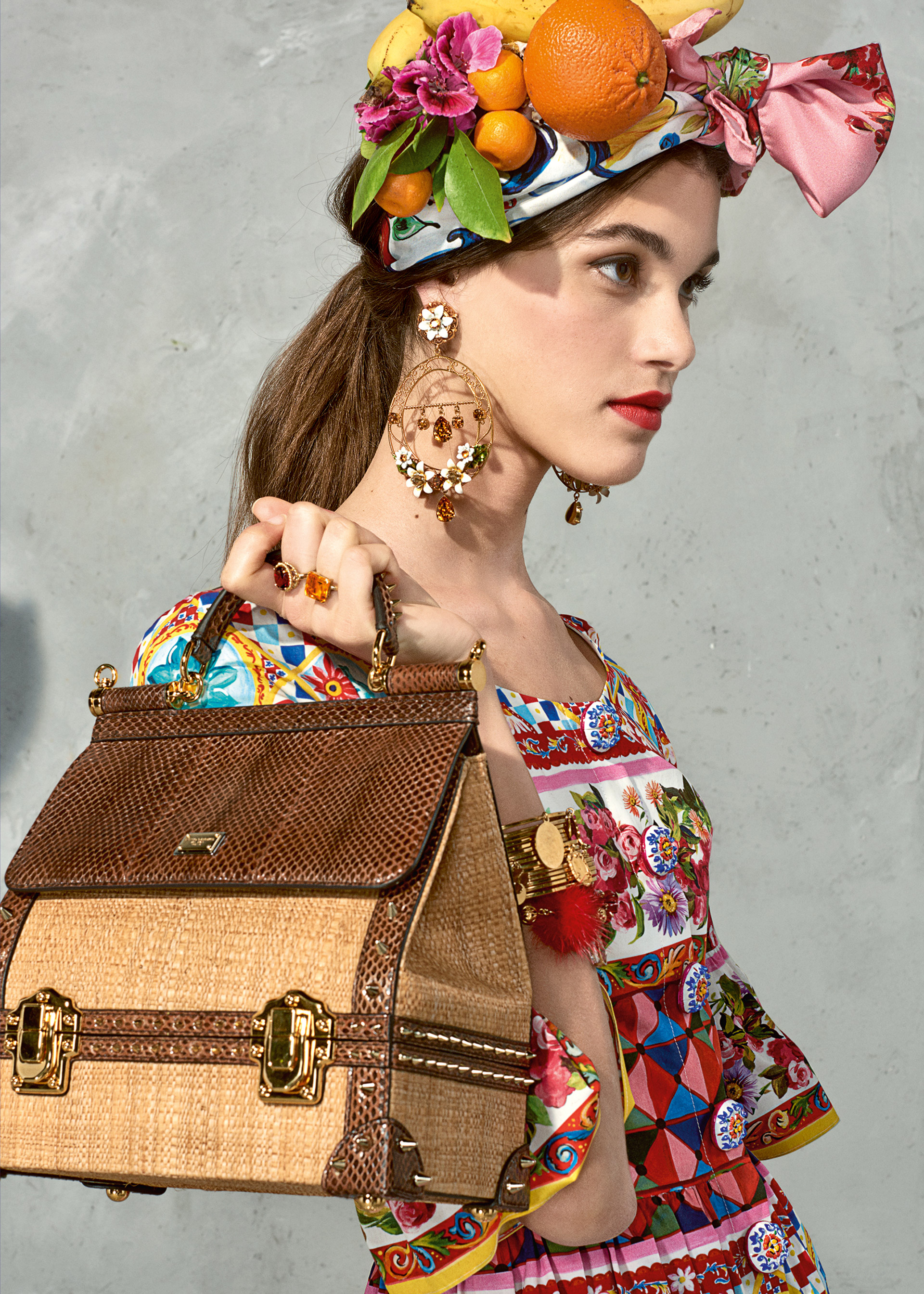 Dolce & Gabbana Latest Trends Women Mambo (4)