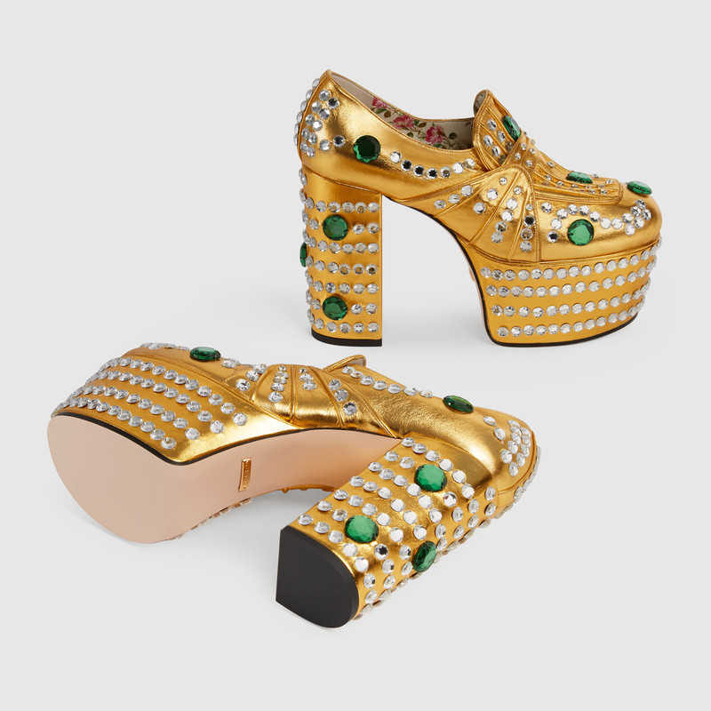 Gucci Latest Men Women Trends for Shoes & Footwear (3)