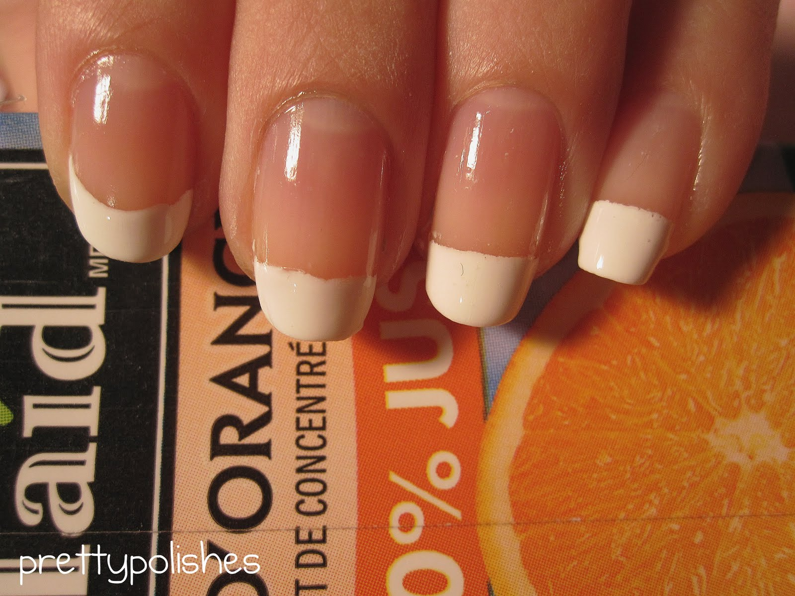 Round nail shape- How to Pick Best Nail Shape for Fingers- 9 Amazing Nail Shapes Guide (2)