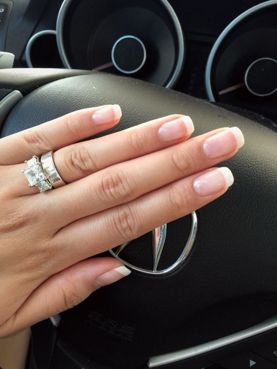 Rounded Square Nails- How to pick best nail shape (2)