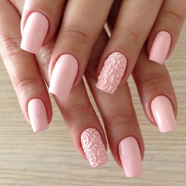 squoval nail shape- How to Pick Best Nail Shape for Fingers- 9 Amazing Nail Shapes Guide (1)