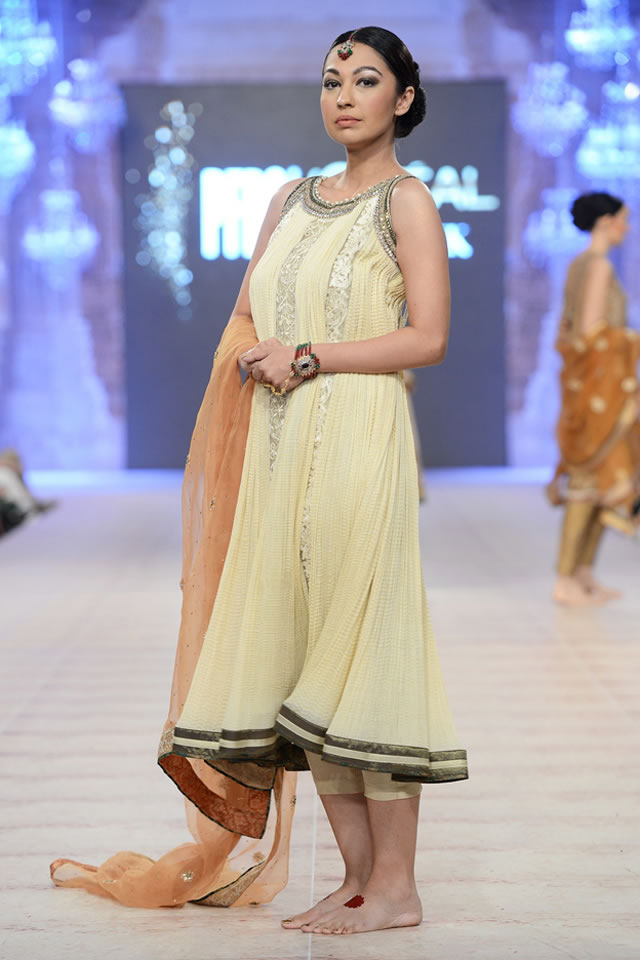 Asifa Nabeel Latest Bridal Collections at  PFDC L'Oréal Paris Bridal Fashion Week-2014-2015 (1)