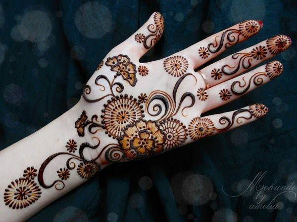 Best & Special Mehndi Designs Collection for Eid & Festivals 2014-2015 (4)