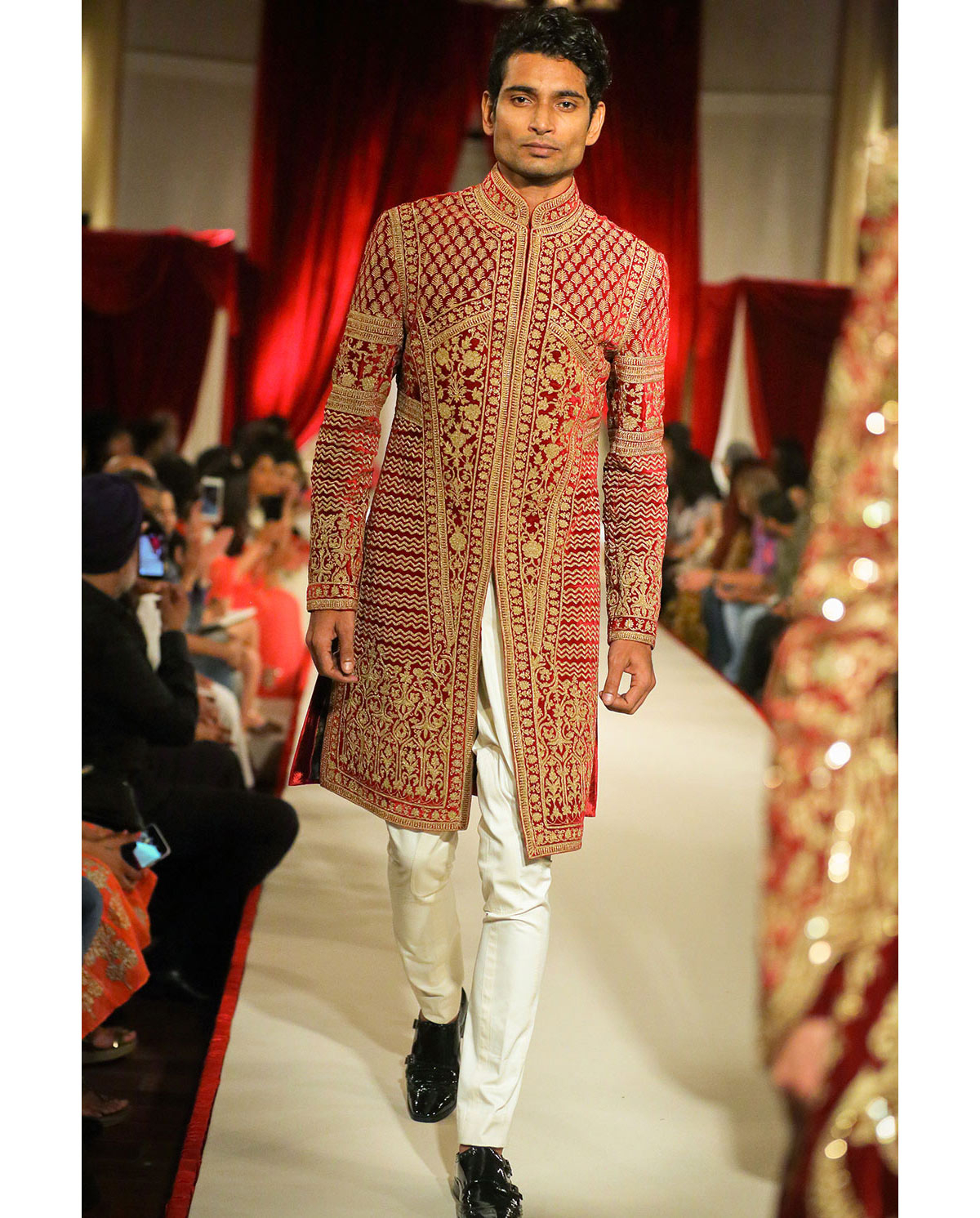 8eb9dc495 Have a look at the below posted Top Indian Sherwani Designers Best  Collections and get inspired by the hottest designs!