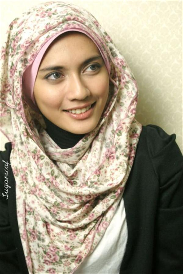 Latest Hijab Style DesignTrends & Tutorial For Girls 2015-2016 with Pictures (35)