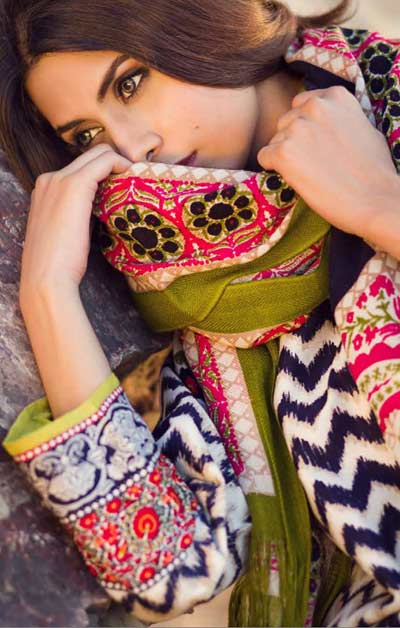 Sana Safinaz Latest Winter Shawls Collection Designer Ready Made Dresses for Women 2014-2015 (11)