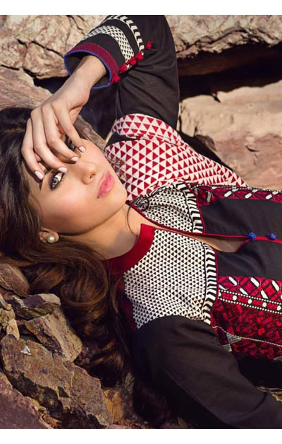 Sana Safinaz Latest Winter Shawls Collection Designer Ready Made Dresses for Women 2014-2015 (26)