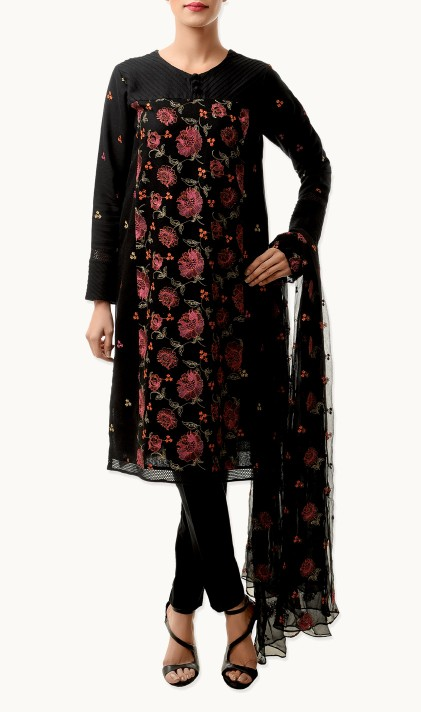 Bareeze Latest Winter Trendy Embroidered Dress Designs Classic Collection 2014-2015 (13)