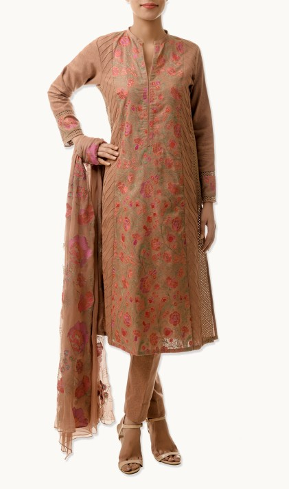 Bareeze Latest Winter Trendy Embroidered Dress Designs Classic Collection 2014-2015 (16)