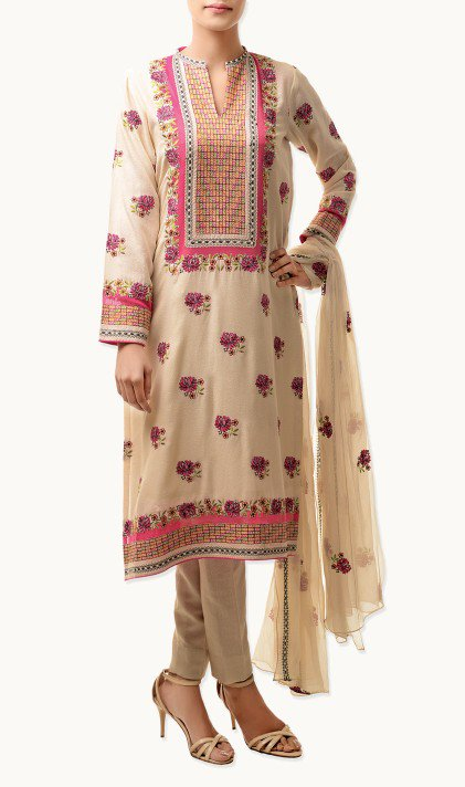 Bareeze Latest Winter Trendy Embroidered Dress Designs Classic Collection 2014-2015 (21)