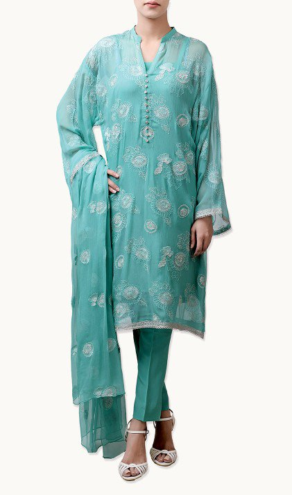Bareeze Latest Winter Trendy Embroidered Dress Designs Classic Collection 2014-2015 (30)