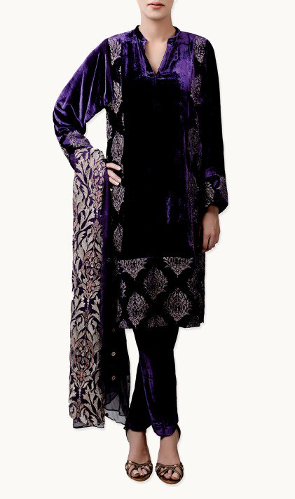 Bareeze Latest Winter Trendy Embroidered Dress Designs Classic Collection 2014-2015 (40)