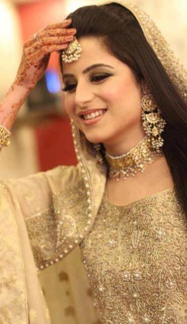 Latest Styles & Designs of Bridal Walima Dresses Collection 2015-2016 (21)