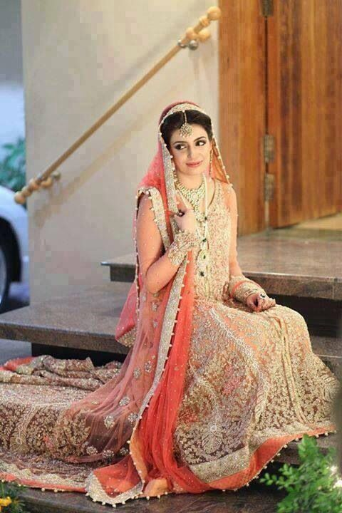 Latest Styles & Designs of Bridal Walima Dresses Collection 2015-2016 (23)