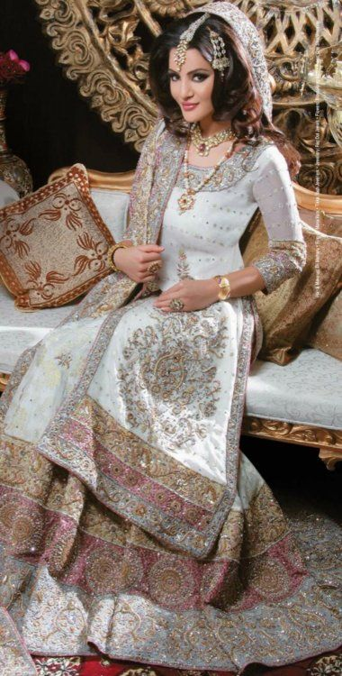 Latest Styles & Designs of Bridal Walima Dresses Collection 2015-2016 (27)