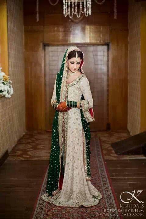 Latest Styles & Designs of Bridal Walima Dresses Collection 2015-2016 (3)
