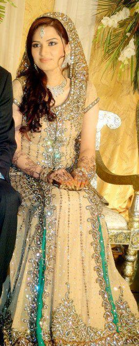cad9d0bdf1 ... Latest Styles & Designs of Bridal Walima Dresses Collection 2015-2016  ...