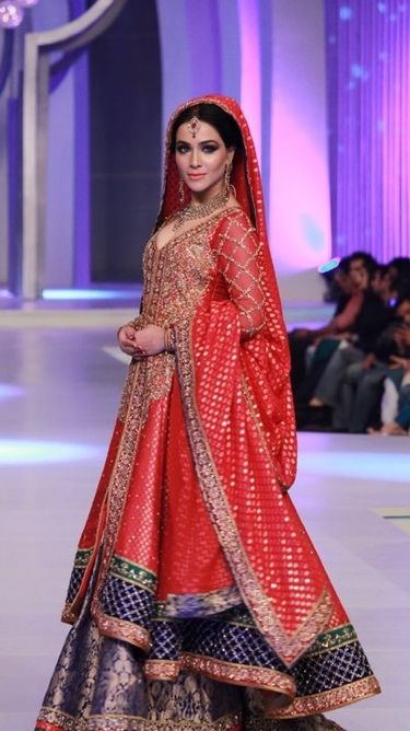 Latest Styles & Designs of Bridal Walima Dresses Collection 2015-2016 (6)