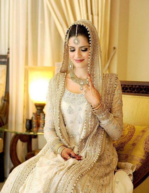 Latest Styles & Designs of Bridal Walima Dresses Collection 2015-2016 (8)