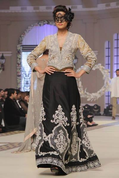 Maria B. La Roseraie (The Rose Garden) Modern Dresses Collection 2015 at Telenor Bridal Couture Week 2014-2015 (11)