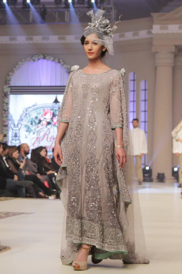 Maria B. La Roseraie (The Rose Garden) Modern Dresses Collection 2015 at Telenor Bridal Couture Week 2014-2015 (23)